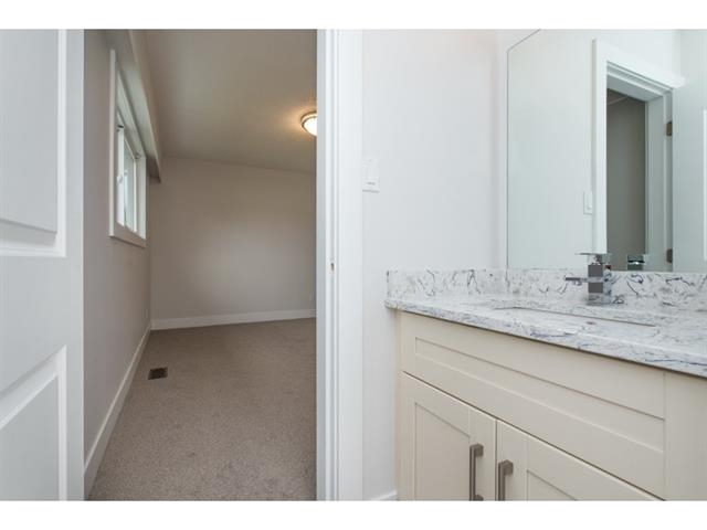 Photo 13: 2175 RIDGEWAY Street in Abbotsford: Abbotsford West House for sale : MLS(r) # R2146944