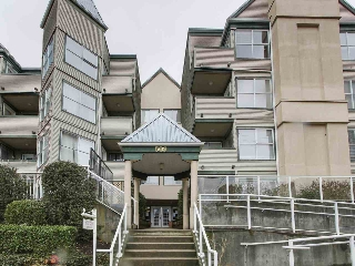 "Main Photo: 206 509 CARNARVON Street in New Westminster: Downtown NW Condo for sale in ""HILLSIDE PLACE"" : MLS®# R2150025"