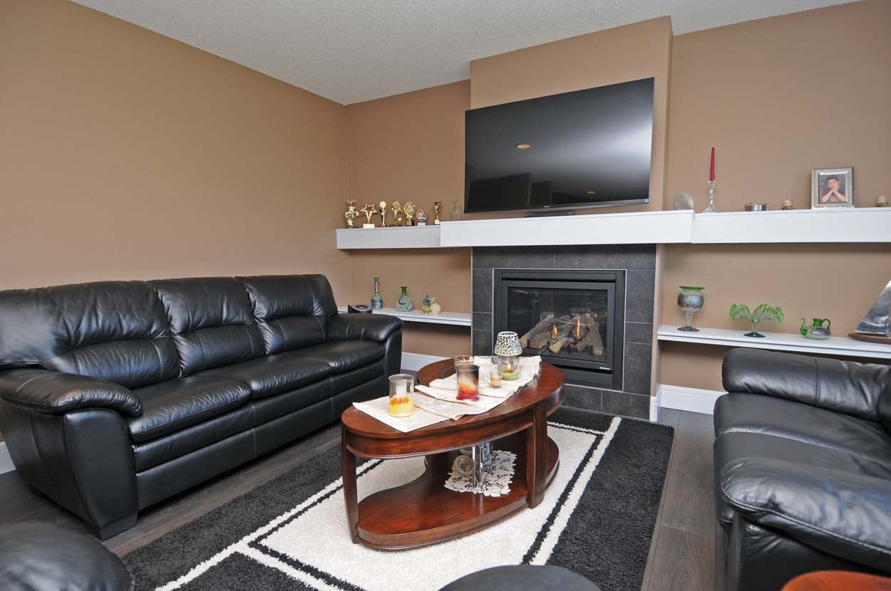 Photo 14: 2308 FREZENBERG Avenue in Edmonton: Zone 27 House for sale : MLS(r) # E4058048
