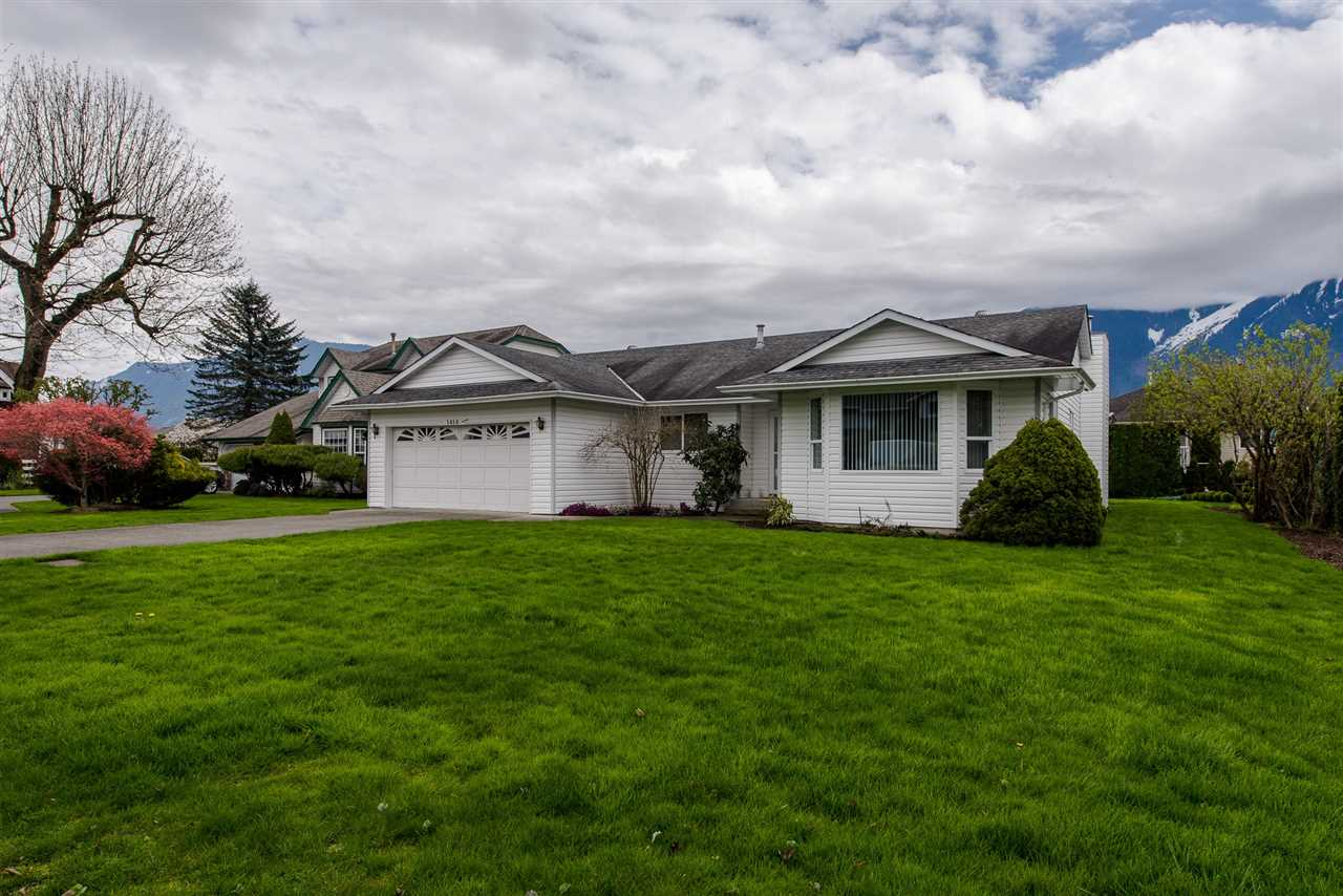 Main Photo: 1414 GLENWOOD Drive: Agassiz House for sale : MLS® # R2159356