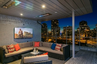 "Main Photo: 811 1372 SEYMOUR Street in Vancouver: Downtown VW Condo for sale in ""THE MARK"" (Vancouver West)  : MLS(r) # R2168959"