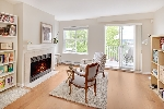 "Main Photo: 20 123 SEVENTH Street in New Westminster: Uptown NW Townhouse for sale in ""ROYAL CITY TERRACE"" : MLS® # R2170926"