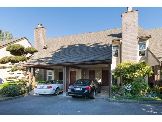 "Main Photo: 4873 CENTRAL Avenue in Delta: Hawthorne Townhouse for sale in ""PARKSIDE ESTATES"" (Ladner)  : MLS(r) # R2185725"