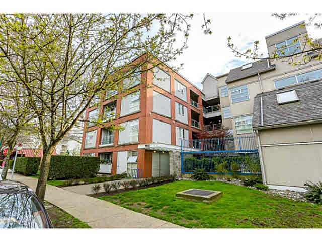 Main Photo: 406 1990 E Kent Ave. in Vancouver: Fraserview VE Condo for sale (Vancouver East)  : MLS®# V1114524