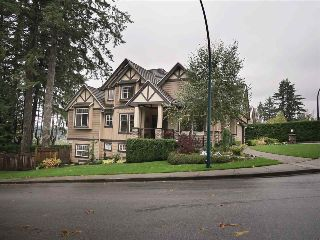 "Main Photo: 410 HYCROFT Street in Port Moody: North Shore Pt Moody House for sale in ""NORTH SHORE"" : MLS® # R2215911"