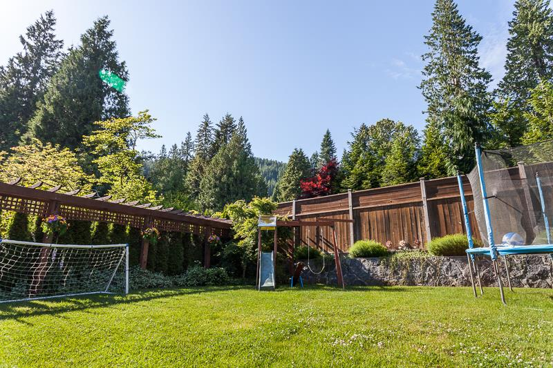 Photo 18: Photos: 1372 DYCK Road in North Vancouver: Lynn Valley House for sale : MLS® # R2236632