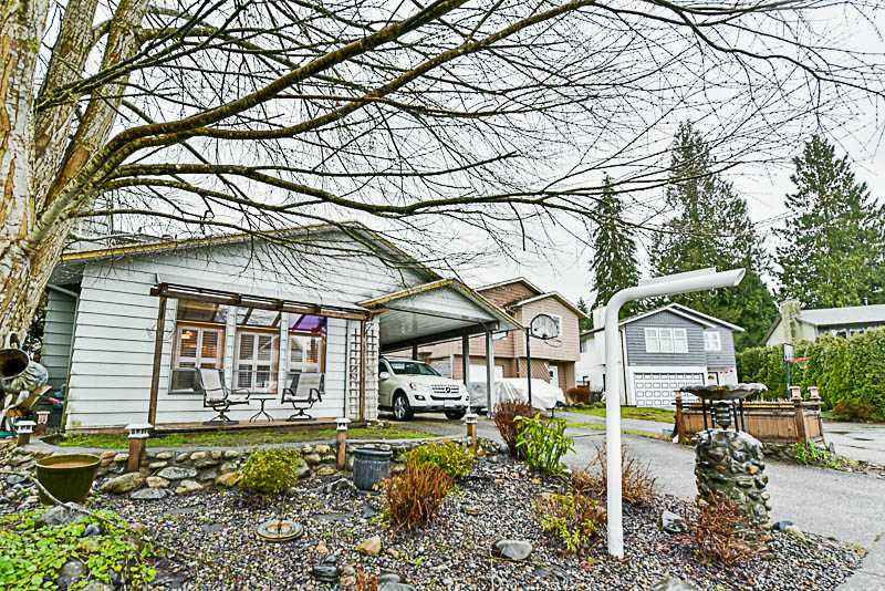 Main Photo: 3248 MAYNE Crescent in Coquitlam: New Horizons House for sale : MLS® # R2237654