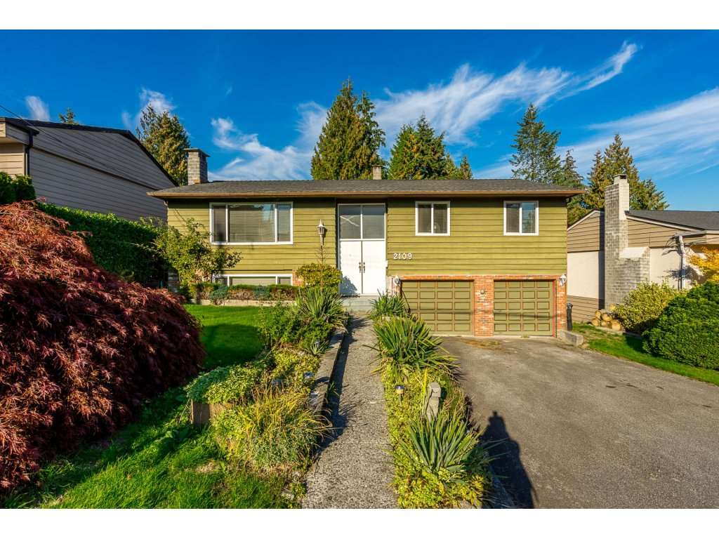 "Main Photo: 2109 BRIDGET Drive in Port Coquitlam: Mary Hill House for sale in ""MARY HILL"" : MLS®# R2314269"