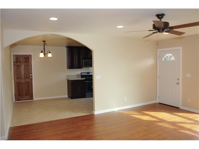 Photo 5: SAN DIEGO House for sale : 4 bedrooms : 3626 Fireway Drive