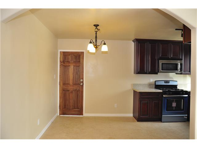 Photo 7: SAN DIEGO House for sale : 4 bedrooms : 3626 Fireway Drive