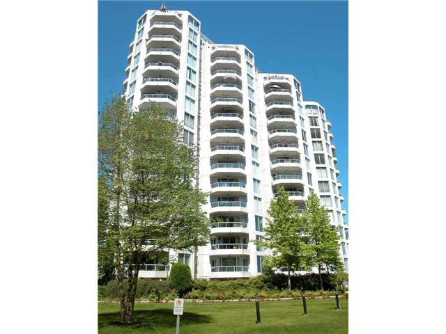 "Main Photo: 806 69 JAMIESON Court in New Westminster: Fraserview NW Condo for sale in ""PALACE QUAY"" : MLS(r) # V1033034"