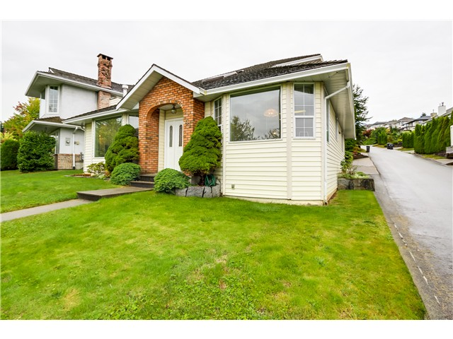 Photo 2: 91 MINER Street in New Westminster: Fraserview NW House for sale : MLS® # V1086851