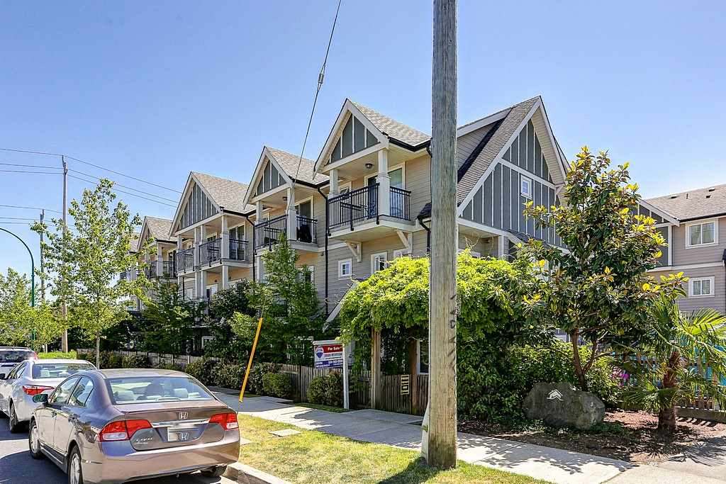 "Main Photo: 14 6708 ARCOLA Street in Burnaby: Highgate Townhouse for sale in ""HIGHGATE RIDGE"" (Burnaby South)  : MLS® # R2063392"