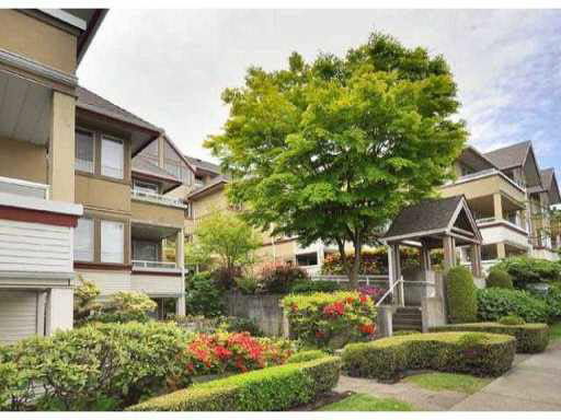 Main Photo: 207 1876 W 6TH AVENUE in : Kitsilano Condo for sale : MLS® # V862157
