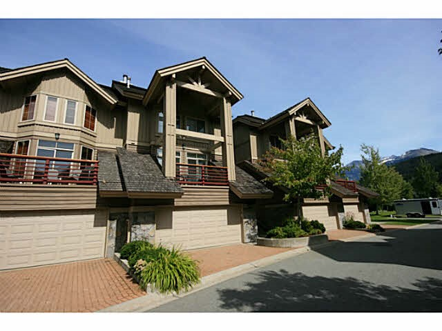 "Main Photo: 17 8030 NICKLAUS NORTH Boulevard in Whistler: Green Lake Estates Townhouse for sale in ""ENGLEWOOD GREEN"" : MLS® # R2082730"