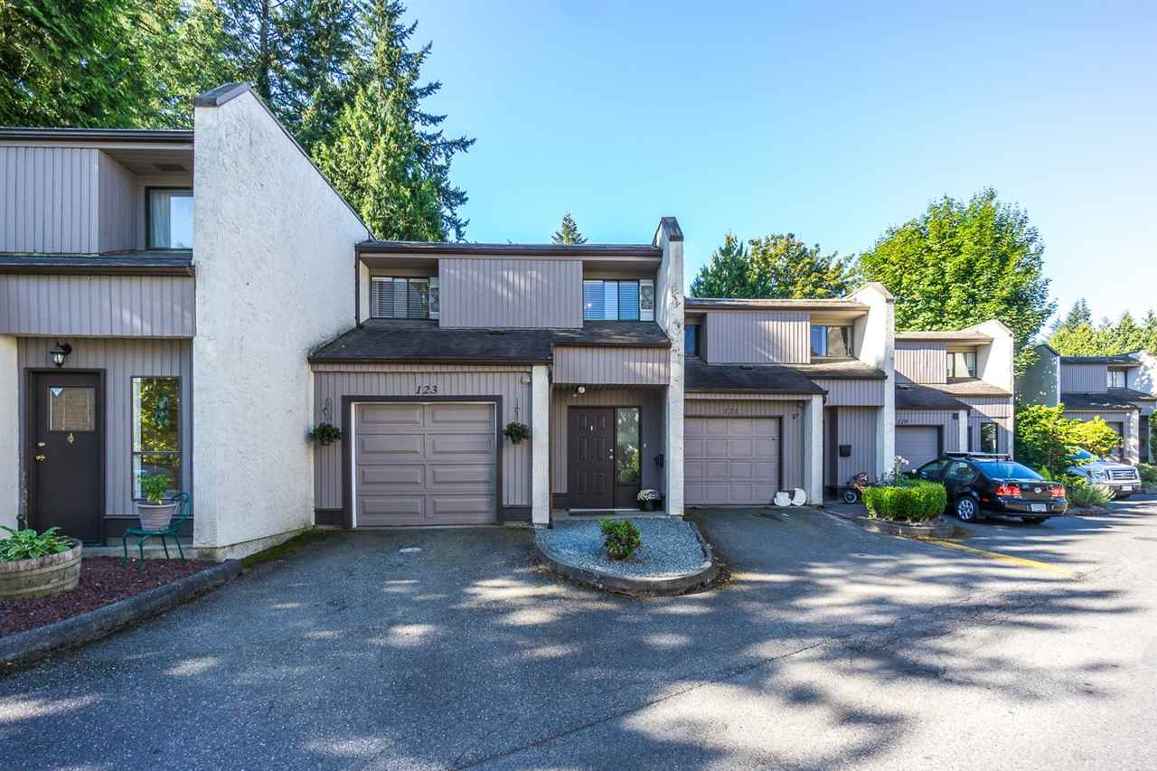 "Main Photo: 123 3455 WRIGHT Street in Abbotsford: Matsqui Townhouse for sale in ""Laburnum Mews"" : MLS®# R2101187"