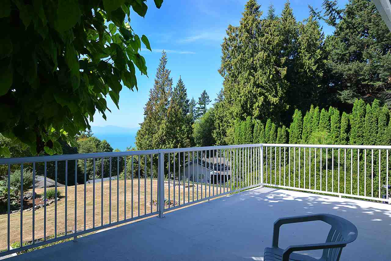 Photo 4: Photos: 1881 GRANDVIEW Road in Gibsons: Gibsons & Area House for sale (Sunshine Coast)  : MLS® # R2101665