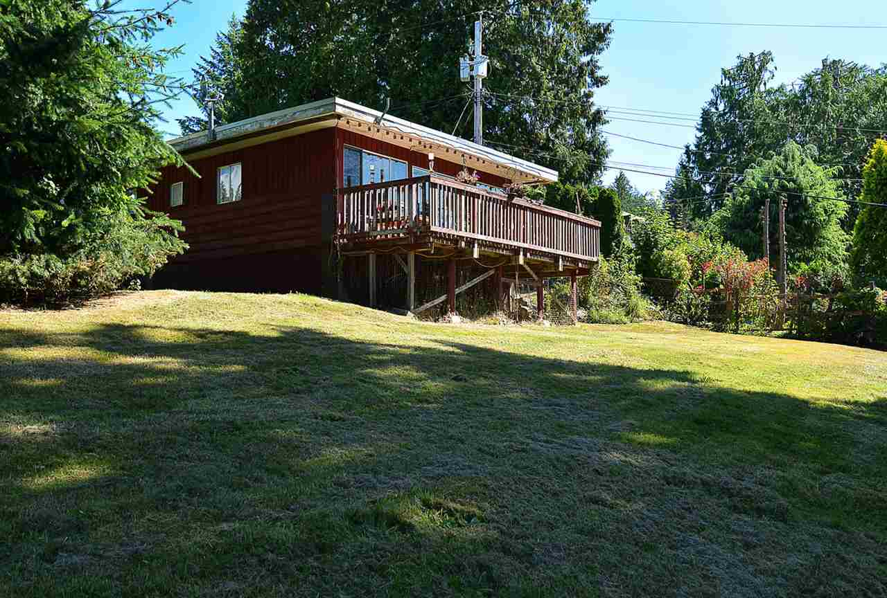 Photo 2: Photos: 1881 GRANDVIEW Road in Gibsons: Gibsons & Area House for sale (Sunshine Coast)  : MLS® # R2101665