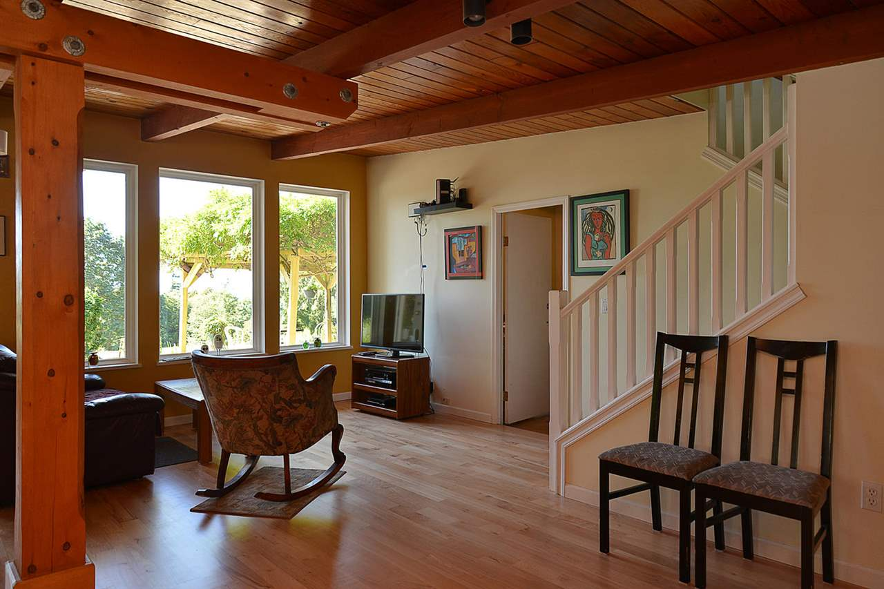 Photo 9: Photos: 1881 GRANDVIEW Road in Gibsons: Gibsons & Area House for sale (Sunshine Coast)  : MLS® # R2101665