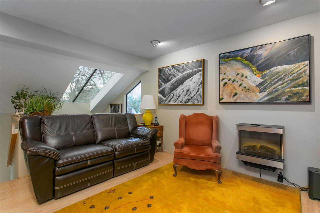Photo 3: 3531 W 33RD Avenue in Vancouver: Dunbar House for sale (Vancouver West)  : MLS® # R2125524