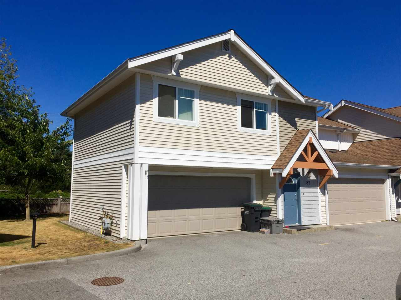 "Main Photo: 87 1821 WILLOW Crescent in Squamish: Garibaldi Estates Townhouse for sale in ""WILLOW VILLAGE"" : MLS® # R2129501"