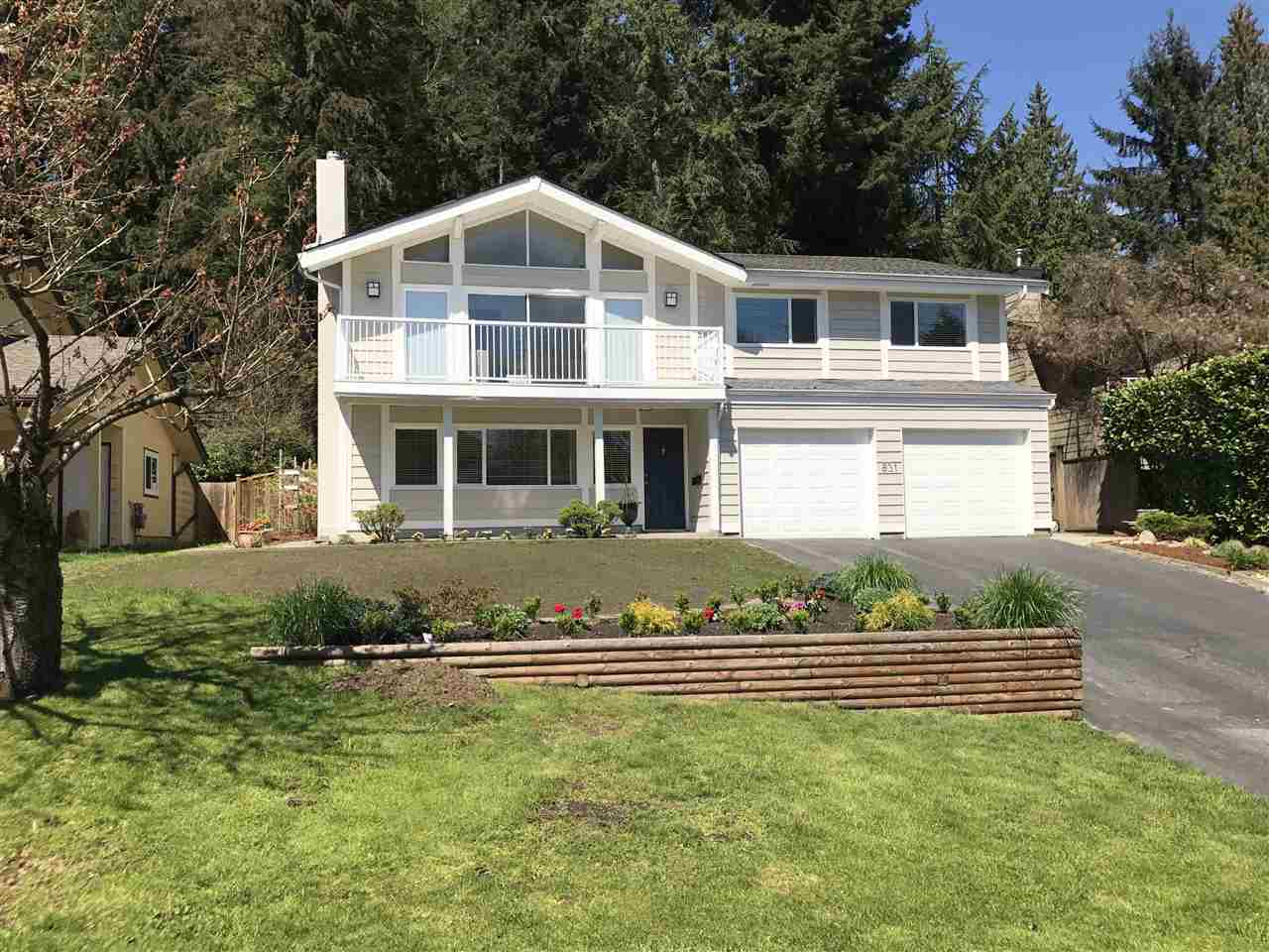 Main Photo: 831 HERITAGE Boulevard in North Vancouver: Seymour NV House for sale : MLS(r) # R2158437