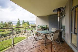 "Main Photo: 501 280 ROSS Drive in New Westminster: Fraserview NW Condo for sale in ""The Carlyle"" : MLS(r) # R2159475"