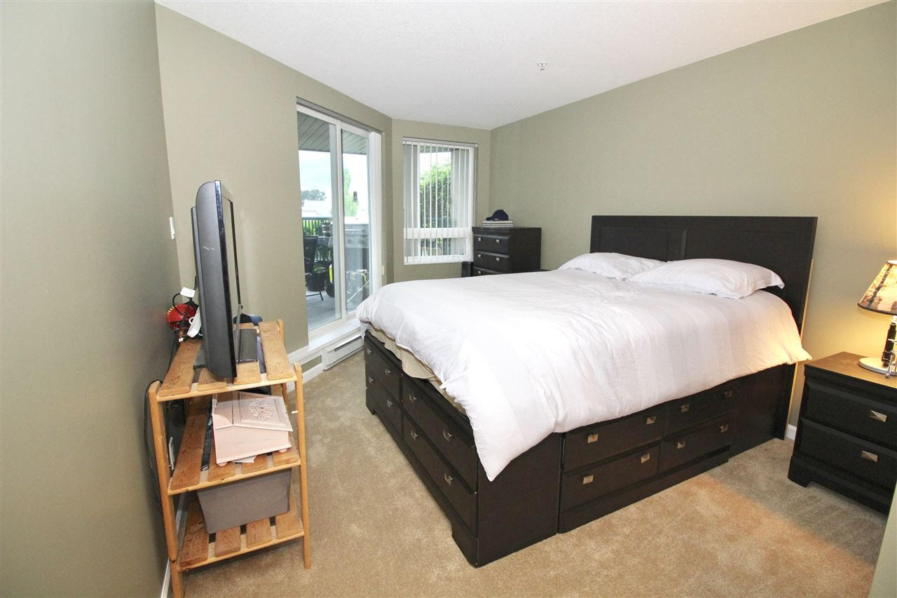 "Photo 9: A235 2099 LOUGHEED Highway in Port Coquitlam: Glenwood PQ Condo for sale in ""SHAUGHNESSY SQUARE"" : MLS® # R2173116"