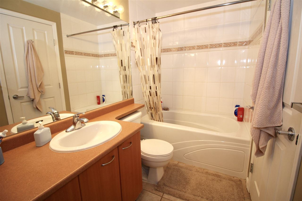 "Photo 10: A235 2099 LOUGHEED Highway in Port Coquitlam: Glenwood PQ Condo for sale in ""SHAUGHNESSY SQUARE"" : MLS® # R2173116"
