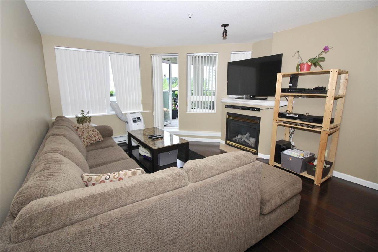 "Photo 8: A235 2099 LOUGHEED Highway in Port Coquitlam: Glenwood PQ Condo for sale in ""SHAUGHNESSY SQUARE"" : MLS® # R2173116"