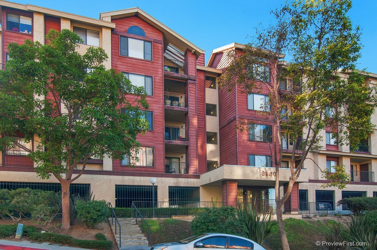 Main Photo: SAN DIEGO Condo for rent : 1 bedrooms : 3980 Faircross Place #25