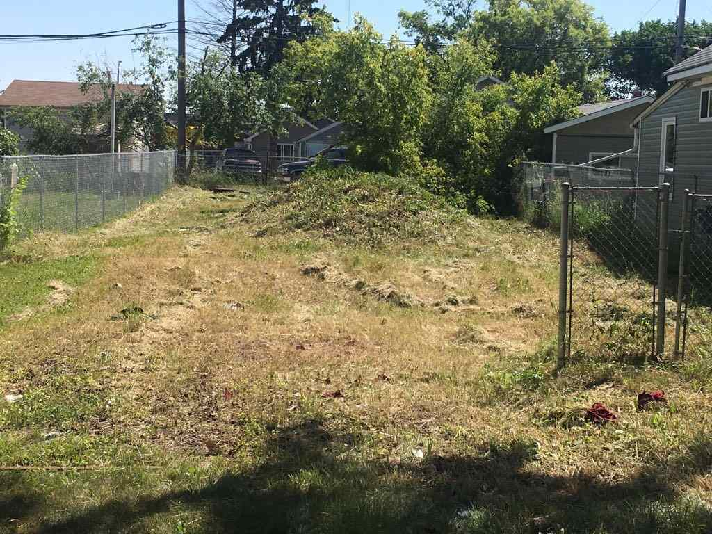 Main Photo: 11737 84 Street in Edmonton: Zone 05 Vacant Lot for sale : MLS® # E4074447