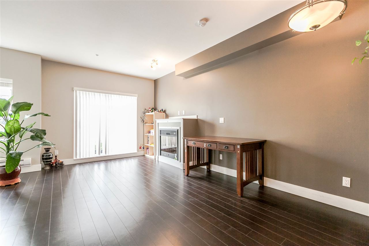 Photo 10: 227 368 ELLESMERE Avenue in Burnaby: Capitol Hill BN Townhouse for sale (Burnaby North)  : MLS® # R2204761
