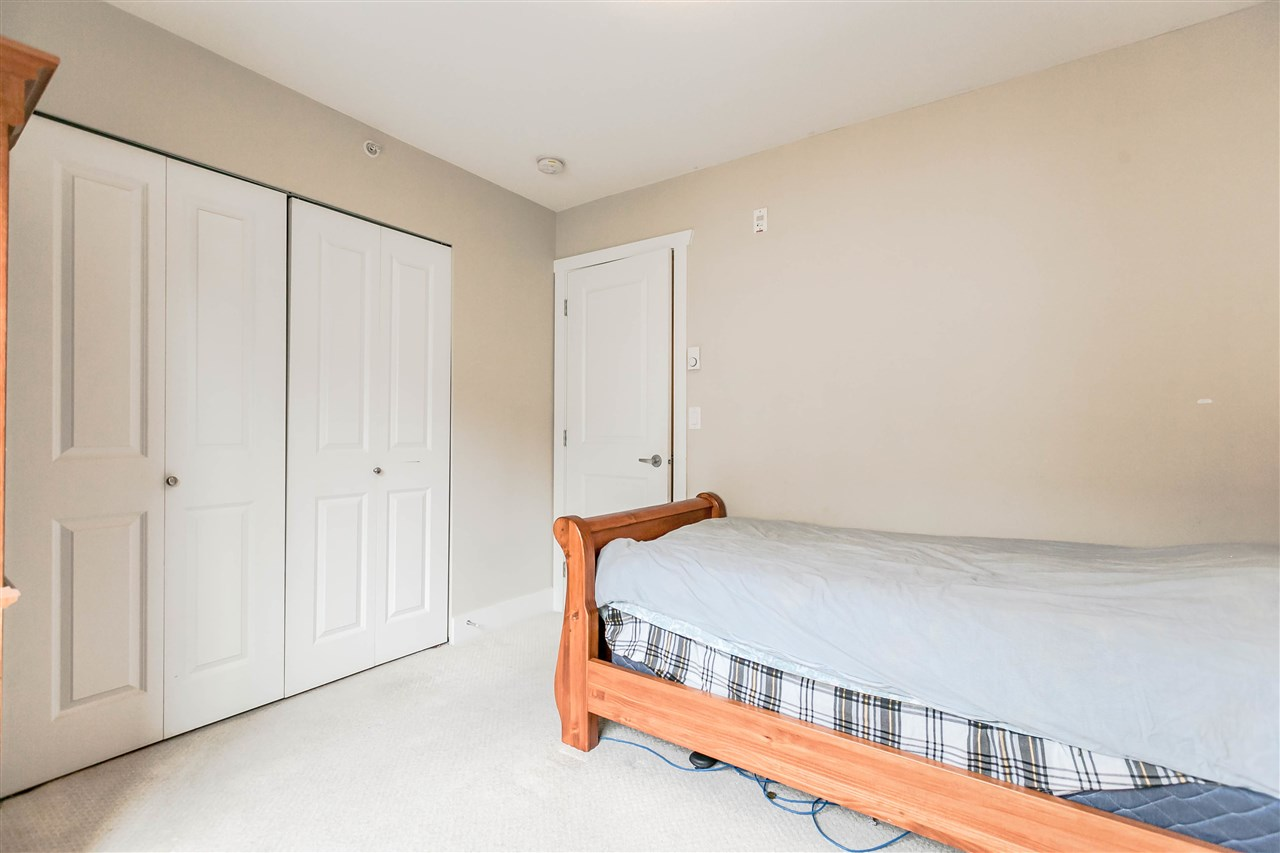 Photo 17: 227 368 ELLESMERE Avenue in Burnaby: Capitol Hill BN Townhouse for sale (Burnaby North)  : MLS® # R2204761