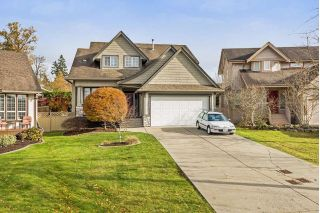 "Main Photo: 6886 183 Street in Surrey: Cloverdale BC House for sale in ""CLOVER WOODS"" (Cloverdale)  : MLS® # R2232475"