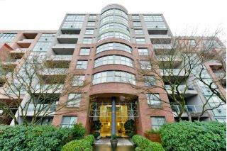 "Main Photo: 101 518 W 14TH Avenue in Vancouver: Fairview VW Condo for sale in ""PACIFICA"" (Vancouver West)  : MLS® # R2233505"
