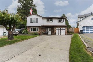 "Main Photo: 9207 209B Place in Langley: Walnut Grove House for sale in ""WALNUT GROVE"" : MLS®# R2272036"