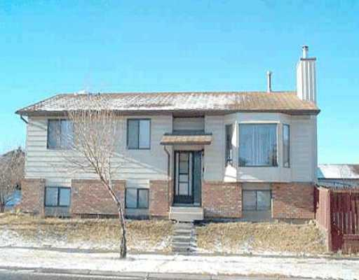 Main Photo:  in : Beddington Residential Detached Single Family for sale (Calgary)  : MLS® # C2036967