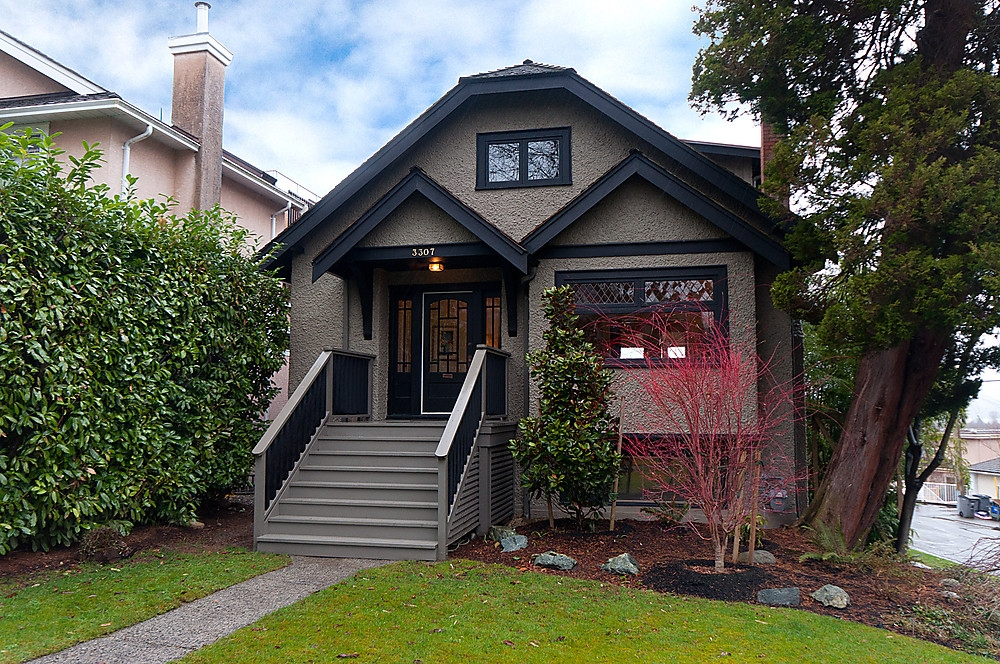 Main Photo: 3307 W 19TH Avenue in Vancouver: Dunbar House for sale (Vancouver West)  : MLS® # V875789