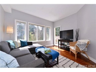 Main Photo: 403 364 Goldstream Avenue in VICTORIA: Co Colwood Corners Condo Apartment for sale (Colwood)  : MLS®# 349357