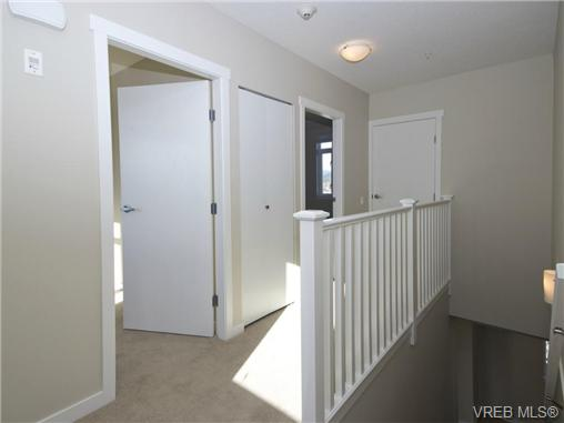 Photo 8: 1202 10230 BOWERBANK Road in SIDNEY: Si Sidney North-East Townhouse for sale (Sidney)  : MLS® # 350449