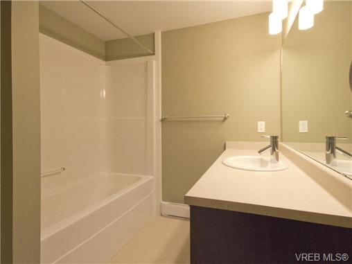 Photo 14: 1202 10230 BOWERBANK Road in SIDNEY: Si Sidney North-East Townhouse for sale (Sidney)  : MLS® # 350449