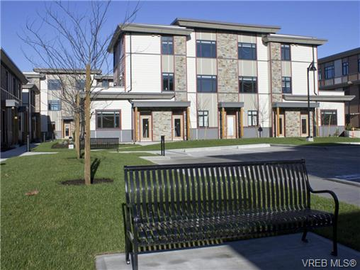 Photo 16: 1202 10230 BOWERBANK Road in SIDNEY: Si Sidney North-East Townhouse for sale (Sidney)  : MLS® # 350449