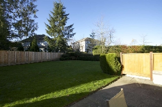 "Main Photo: 111 21928 48 Avenue in Langley: Murrayville Townhouse for sale in ""MURRAYVILLE GLEN"" : MLS(r) # R2017678"