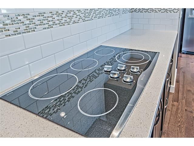 Electric cooktop.