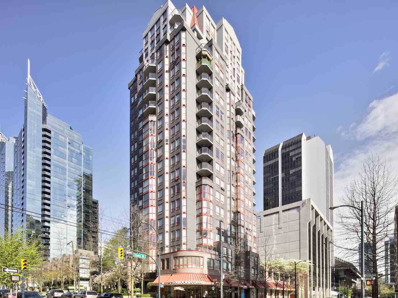 "Main Photo: 702 811 HELMCKEN Street in Vancouver: Downtown VW Condo for sale in ""Imperial Tower"" (Vancouver West)  : MLS® # R2050152"