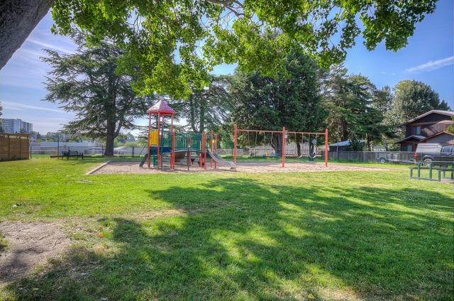 Photo 32: 112 Montreal Street in VICTORIA: Vi James Bay Single Family Detached for sale (Victoria)  : MLS(r) # 365348