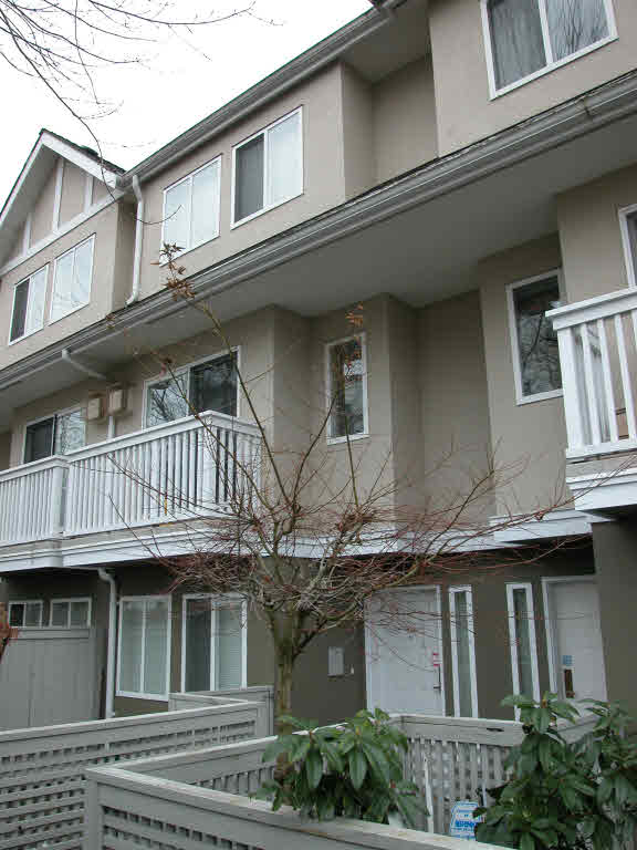 Main Photo: 25 7831 GARDEN CITY ROAD in : Brighouse South Townhouse for sale : MLS(r) # V682247