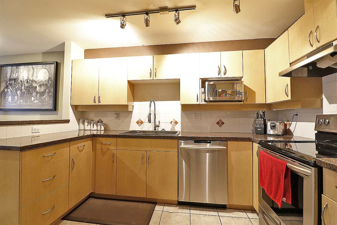 "Photo 4: 5 13918 58 Avenue in Surrey: Panorama Ridge Townhouse for sale in ""ALDER PARK"" : MLS® # R2155360"