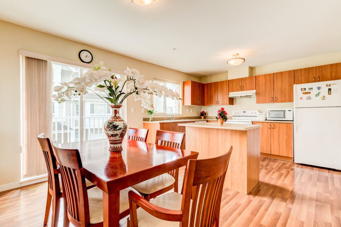 Photo 7: 6 5255 201A Street in Langley: Langley City Townhouse for sale : MLS® # R2160090